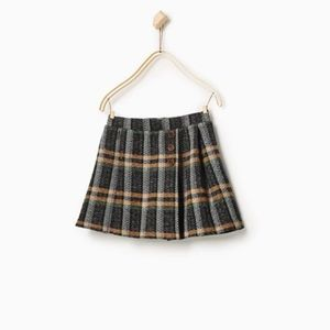 Zara girls pleated checkered skirt with buttons